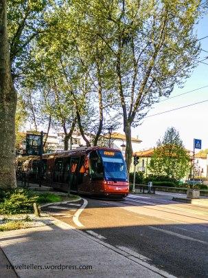 001_tram-2