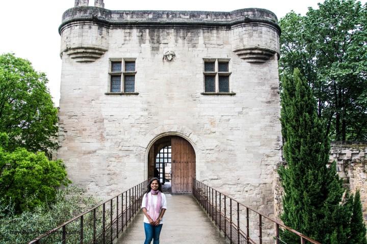 006_Pont du Avignon entrance-2