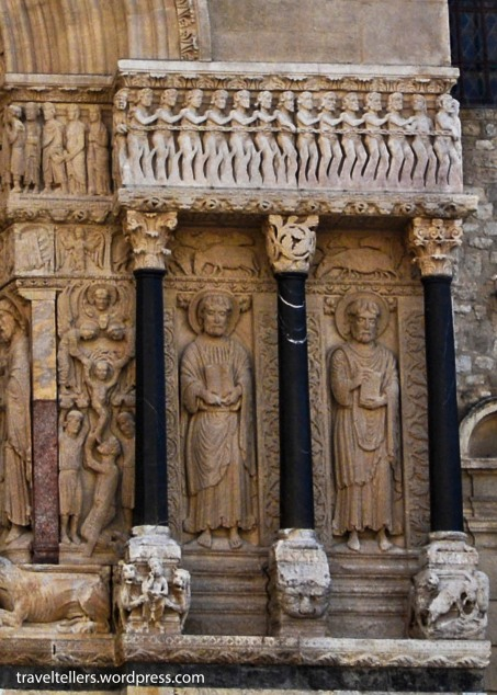 026_St. Trophime Church-3