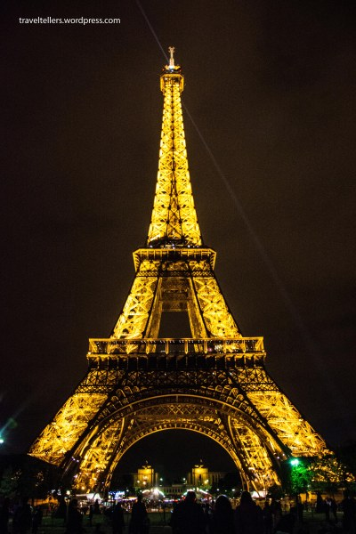 139_Eiffel lit up