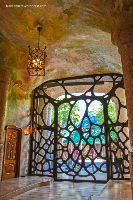 002_Casa Mila_Gate-2