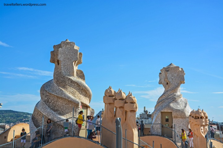 007_Casa Mila_Roof and chimneys-2