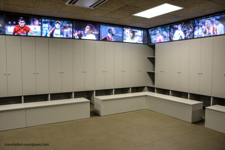 106_Camp Nou_Away Room-2