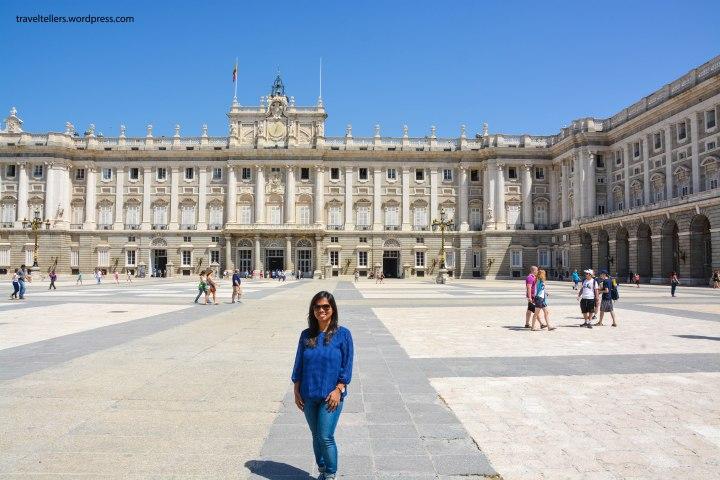 004_royal-palace-2