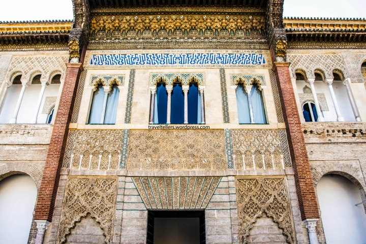 010_alcazar_facade-of-king-don-pedros-palace-2